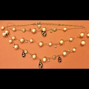 Betsey johnson vintage pearl leopard necklace